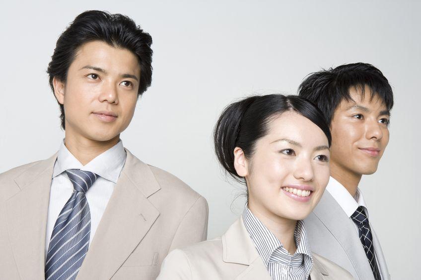 【鍾文雄×關鍵數字】疫情不減近5年最強轉職潮 來看哪個產業年薪位居龍頭?