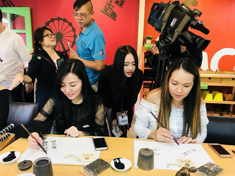 七年級女生創業,教企業用英語說故事、建立國際品牌形象