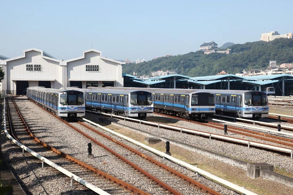 高品質服務領先全球,台北捷運輸出顧問服務,要專業更要英語